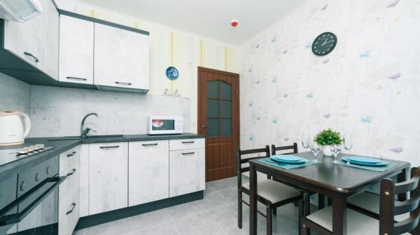 Почасово видовая квартира на Позняках