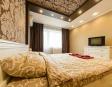 Квартира с дизайнерским ремонтом 5мин от метро Героев Днепра, Оболонь - английская версия 3