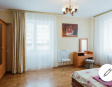 Excellent apartment near the metro Heroes of the Dnieper 4