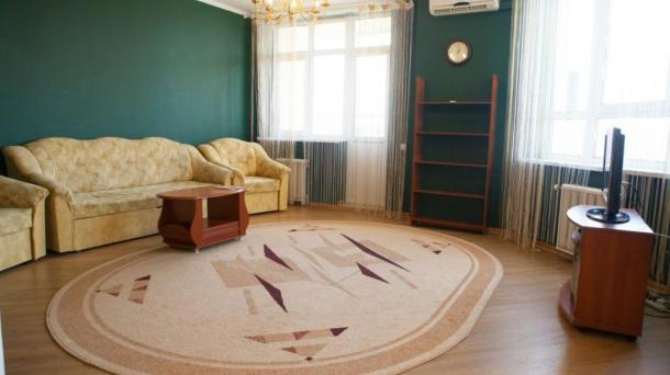 For rent 1-COM apartment on poznyaky