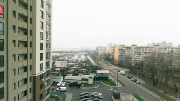 Miete stündlich 1-Metro-Vyrlytsia in der Nähe von