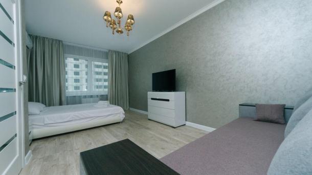 1-com. Pozniaky Apartment 3A RUSOVOJ